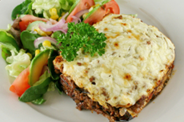 Moussaka with Béchamel sauce topping (Illustration)